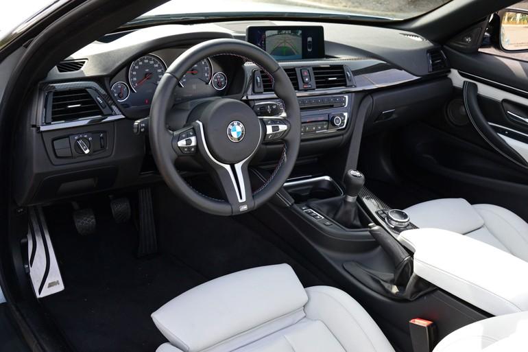2015-bmw-m4-convertible-dashboard