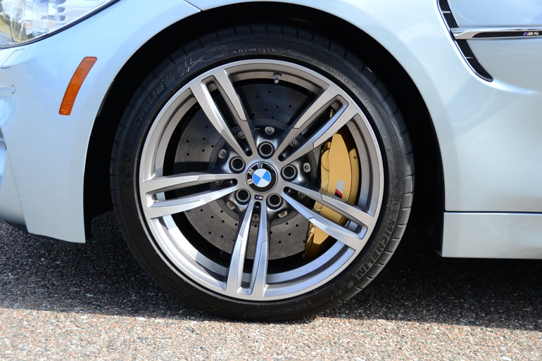 2015-bmw-m4-convertible-wheel-tire-carbon-ceramic-brakes