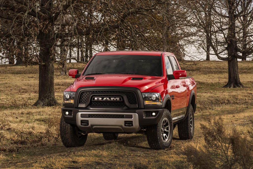 2015 ram 1500 rebel brings off roading to a new height at detroit auto show. Black Bedroom Furniture Sets. Home Design Ideas