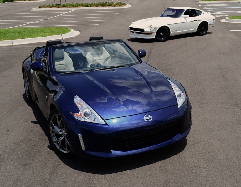 2013-nissan-370z-touring-roadster