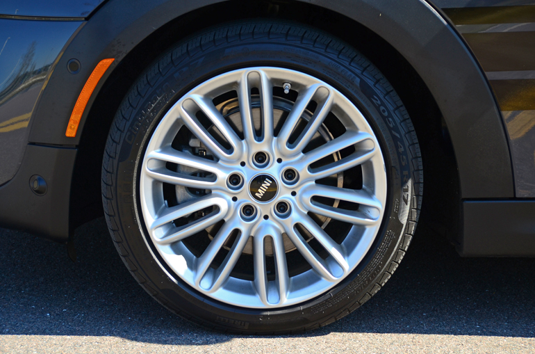 Mini Cooper Tires >> 2015 Mini Cooper S Hatchback Quick Spin Review