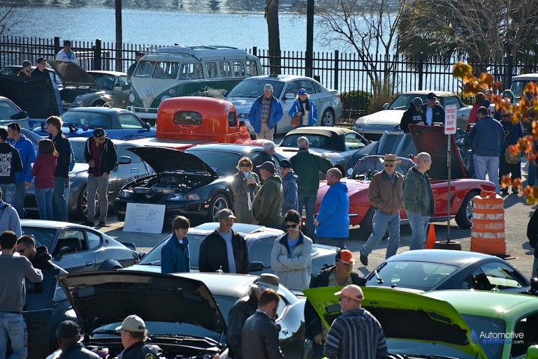 Crowd at February 2015 Cars & Coffee