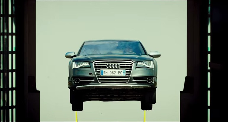 audi-s8-transporter-refueled-movie