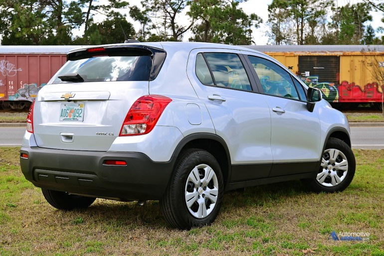 2015-chevrolet-trax-side-rear
