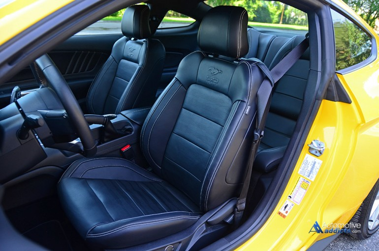 2015-ford-mustang-gt-50th-anniversary-front-seats