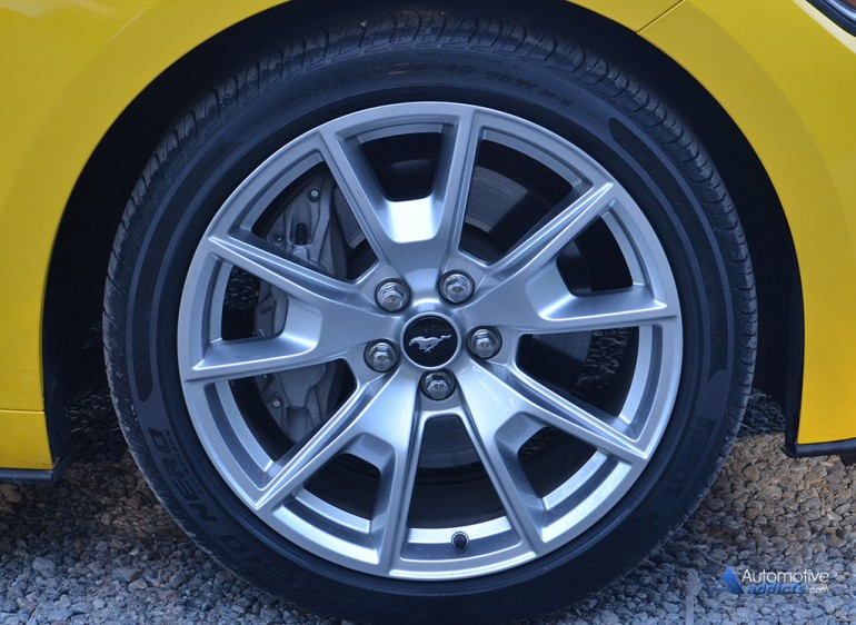 2015 Ford Mustang Gt 50th Anniversary Wheel Tire