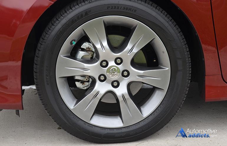 2015 Toyota Sienna Se 19 Inch Wheel Tire