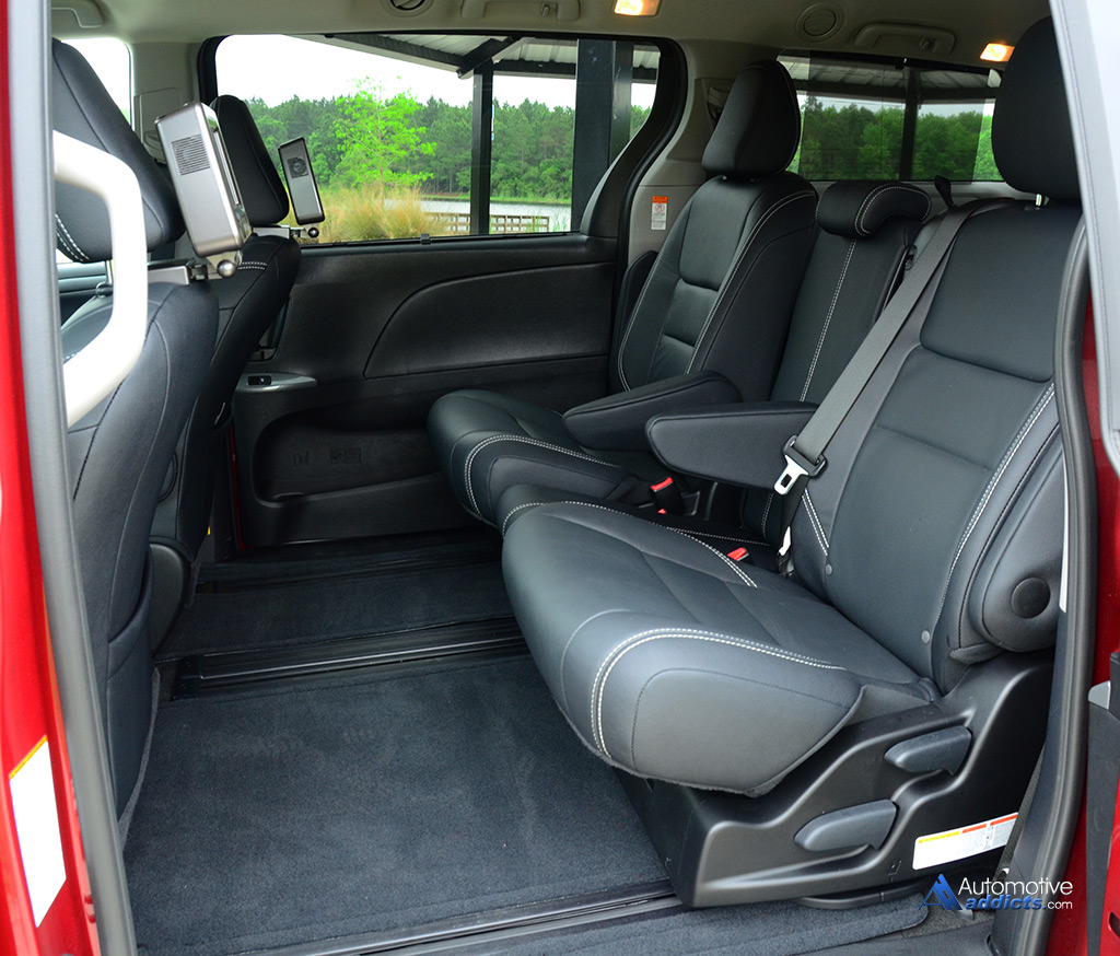 how to remove 2nd row seats from 2015 sienna autos post. Black Bedroom Furniture Sets. Home Design Ideas