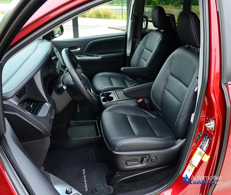 2015 Toyota Sienna Se Front Seats