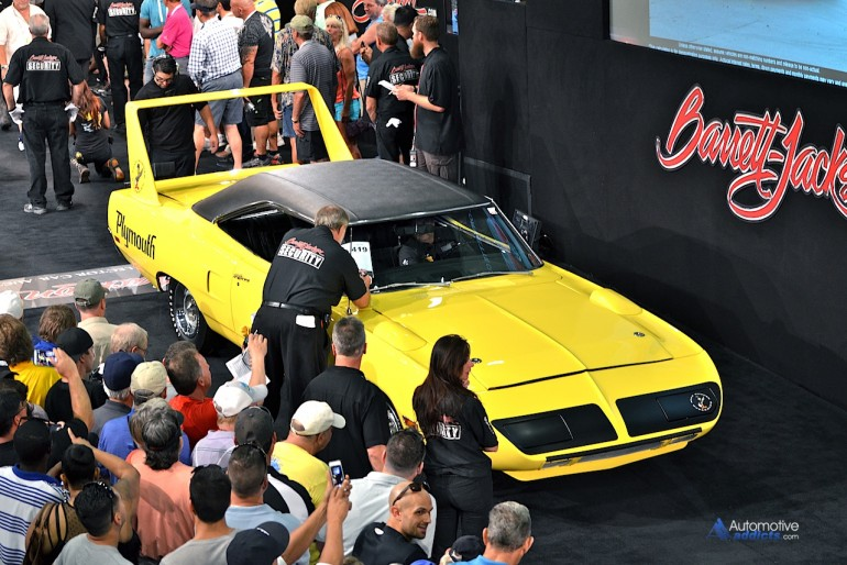 This show stopping 1970 Plymouth Superbird grabs $165,000.00