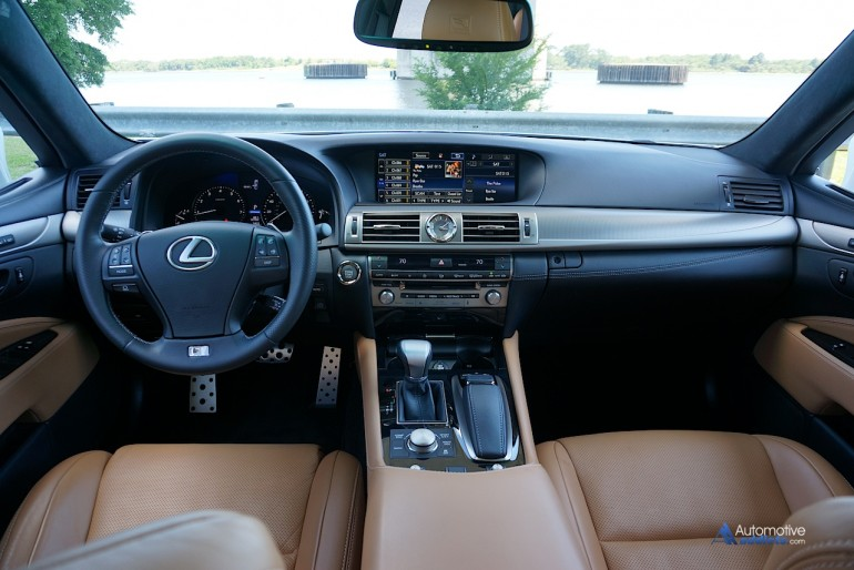 2015-lexus-ls460-f-sport-dashboard-2