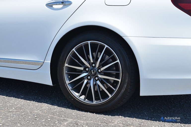 2015-lexus-ls460-f-sport-wheel-tire