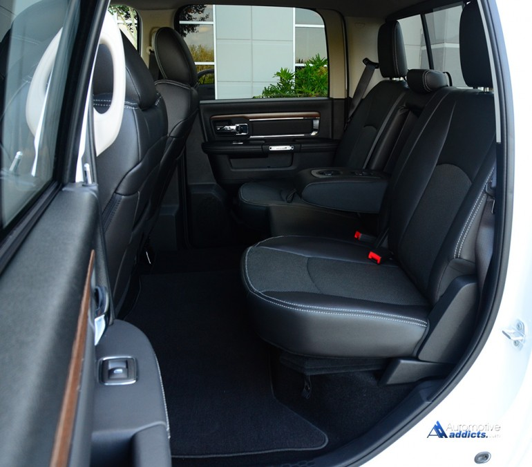 2015-ram-1500-laramie-4x2-v6-crew-cab-rear-seats