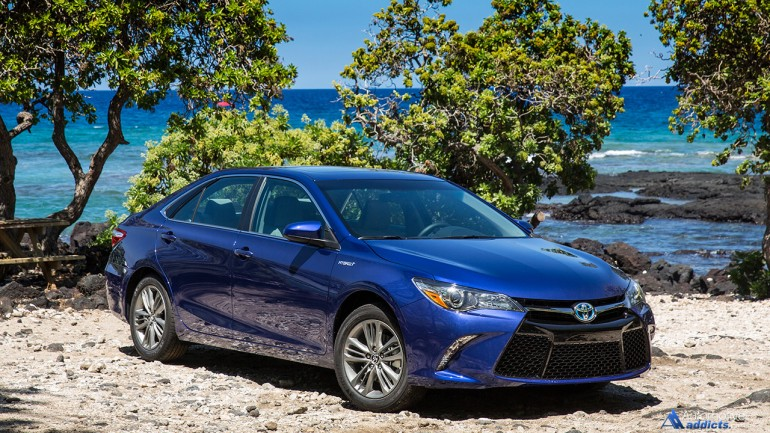 2015 Toyota Camry SE Hybrid Quick Spin