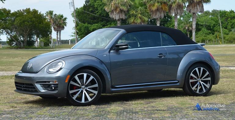 2015-volkswagen-beetle-r-line-convertible-side-top-up