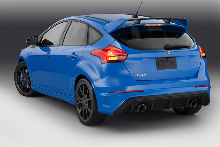 ford-focus-rs-rear