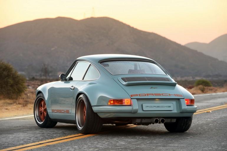 singer-911-racing-blue-73