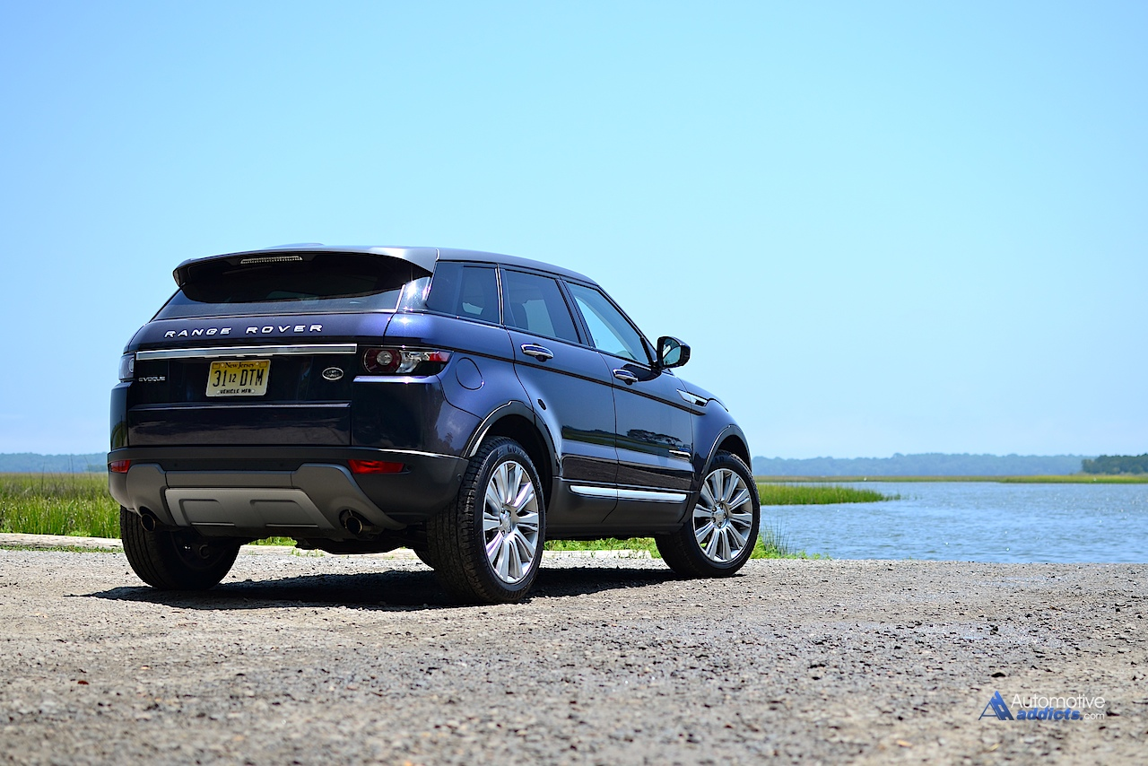 2015 land rover range rover evoque rear 2. Black Bedroom Furniture Sets. Home Design Ideas