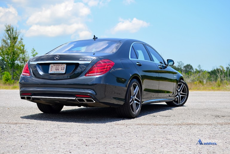 2015-mercedes-benz-s65-amg-sedan-rear-1
