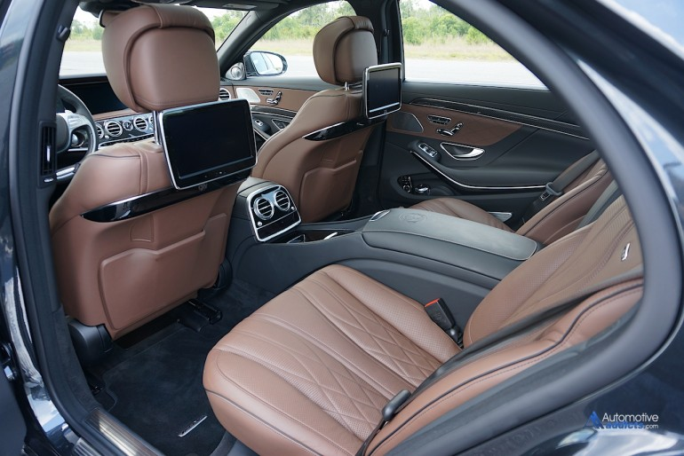 2015-mercedes-benz-s65-amg-sedan-rear-seats-2