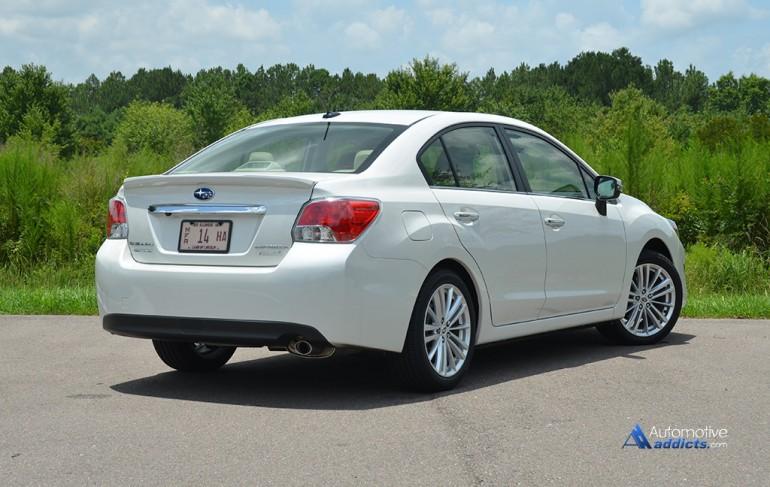 2015-subaru-impreza-limited-rear-2