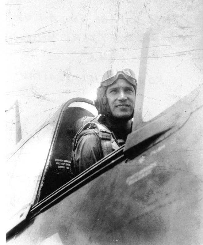 Navy Pilot Dick Pace
