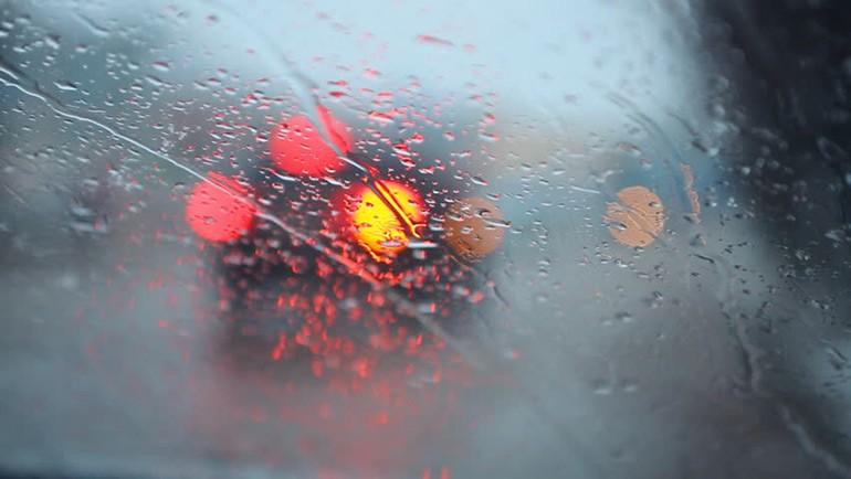 illegal-florida-drive-hazards-on-rain-3