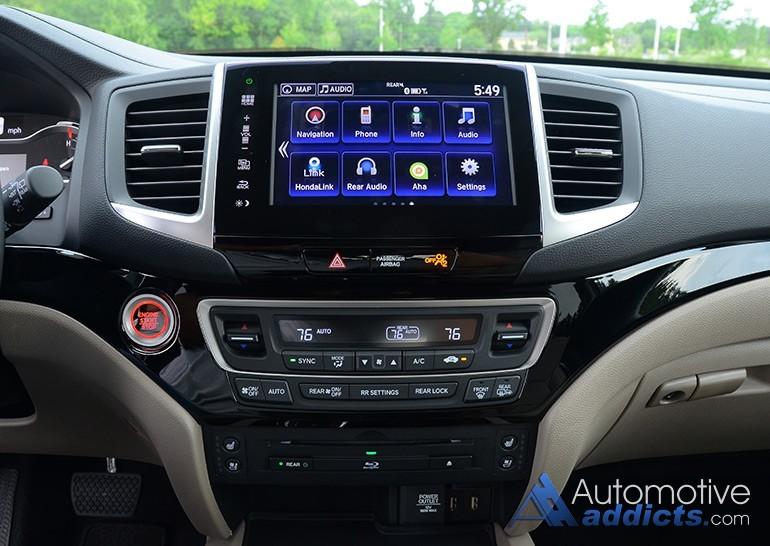 2016-honda-pilot-elite-center-dashboard