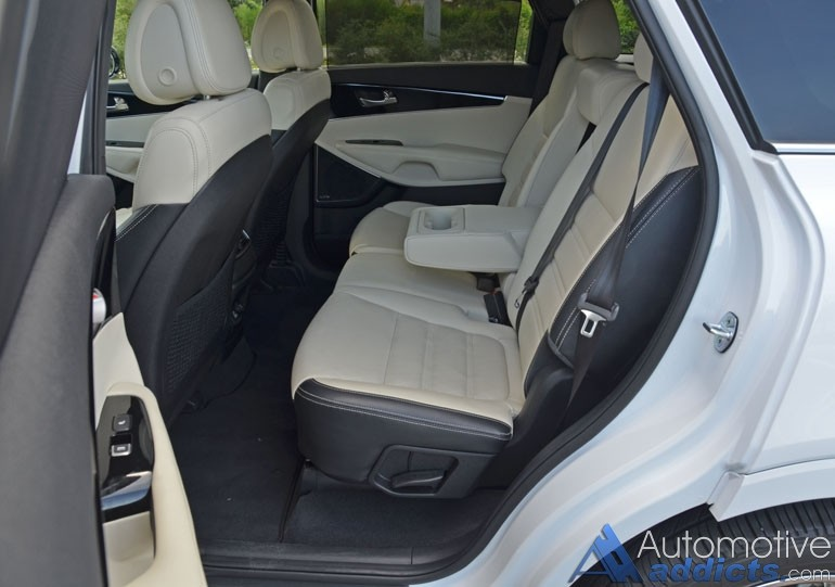 2016-kia-sorento-sxl-awd-2nd-row-seats