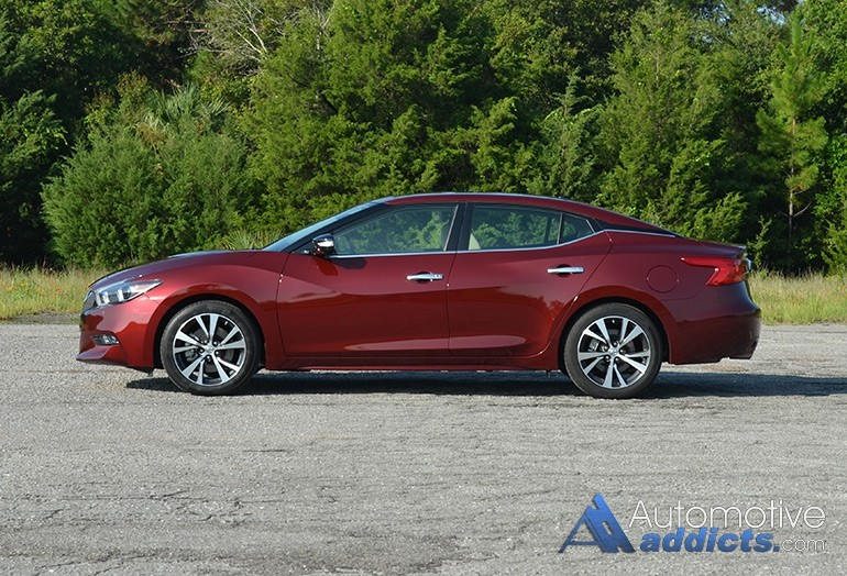2016-nissan-maxima-platinum-side