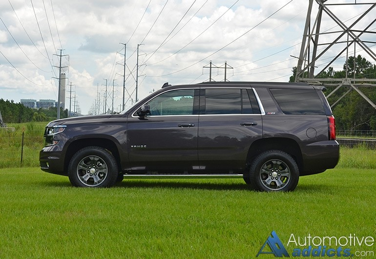 2015-chevrolet-tahoe-z71-side