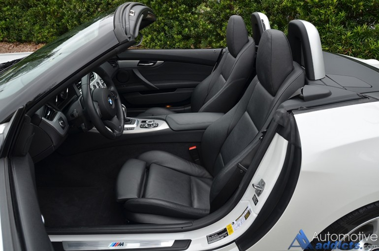 2016-bmw-z4-sdrive28i-seats