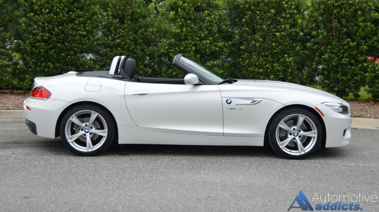 2016-bmw-z4-sdrive28i-side