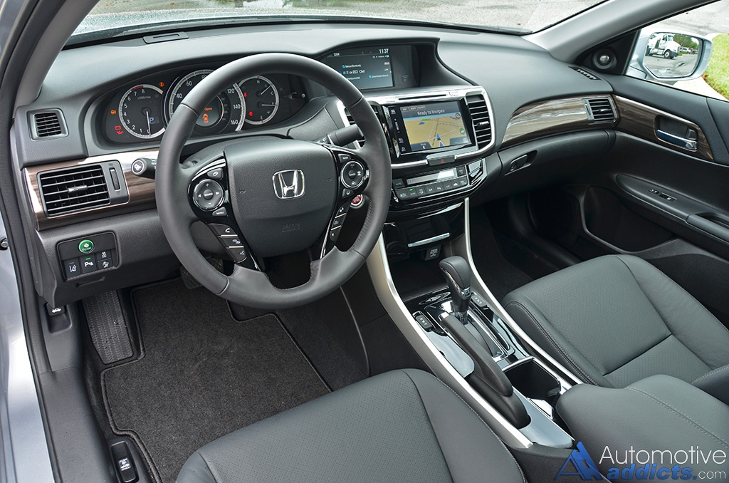2016 Honda Accord V6 Touring Dashboard