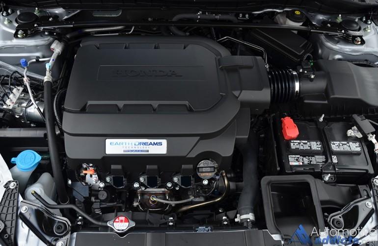 2016-honda-accord-v6-touring-engine