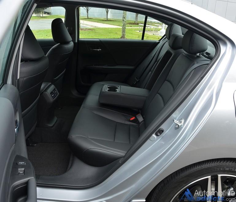 2016-honda-accord-v6-touring-rear-seats