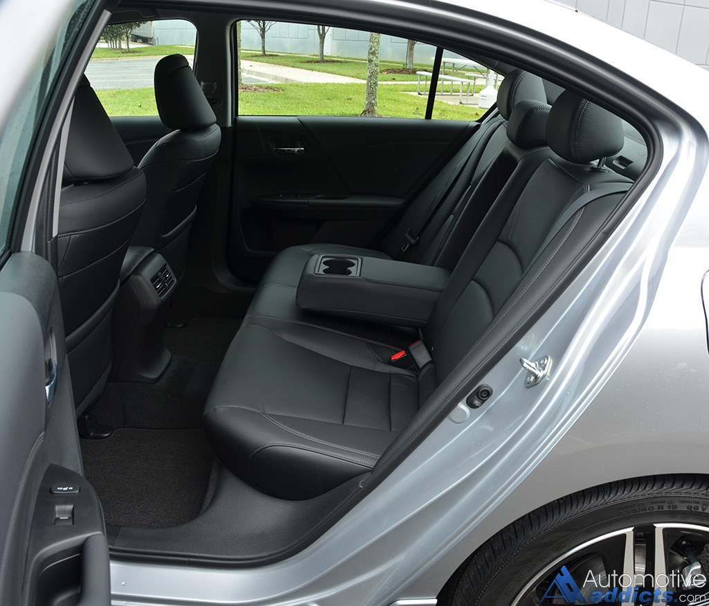 Maxresdefault additionally Honda Accord Touring T likewise X further Honda Insight X besides Honda Accord V Touring Rear Seats. on honda accord touring