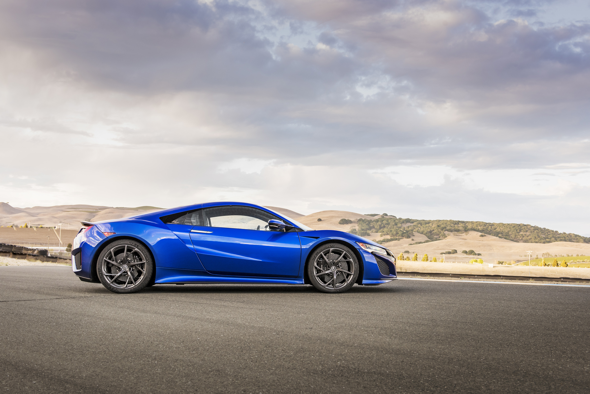 2017 Acura Nsx First Drive Reviews Stun World With Definitive Supercar Automotive Addicts