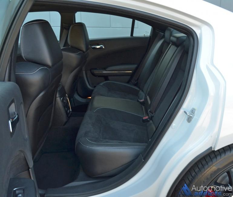 2015-dodge-charger-srt-hellcat-rear-seats