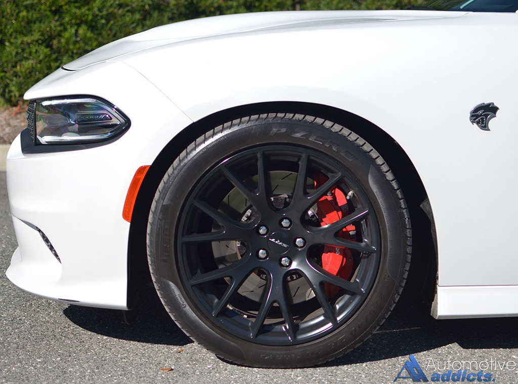 2015 dodge charger srt hellcat review test drive living with a hellcat. Black Bedroom Furniture Sets. Home Design Ideas