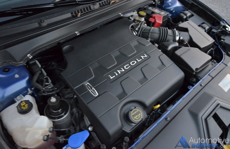 2015-lincoln-mkz-black-label-engine