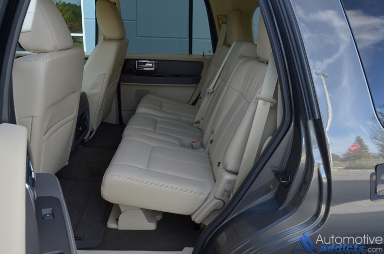 2015-lincoln-navigator-second-row-seats