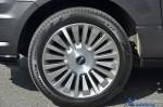 2015-lincoln-navigator-wheel-tire