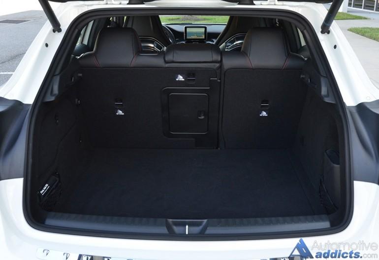 2015-mercedes-benz-gla45-amg-cargo-seats-up