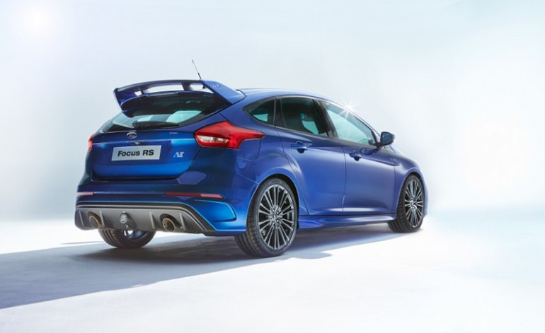 2016-ford-focus-rs-2