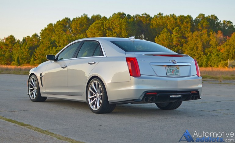 2016-cadillac-ctsv-rear-side