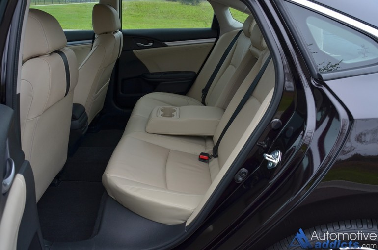 2016-honda-civic-sedan-touring-rear-seats