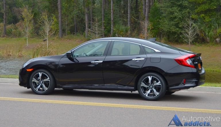 2016-honda-civic-sedan-touring-side