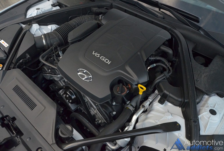 2016-hyundai-genesis-rwd-38-engine