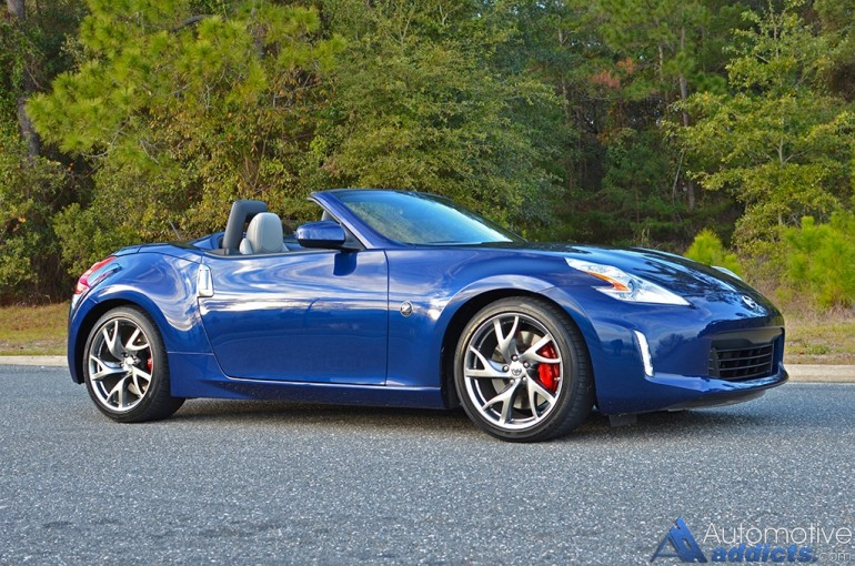 2016-nissan-370z-convertible-side
